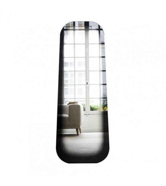 Miroir Fading rectangulaire de la marque de mobilier design Eno Studio. Très design, ce miroir original avec un aspect évanescent apportera une touche d'élégance à votre intérieur. #miroir #design #enostudio #fade #fading #inspiration #mirror #originaldesign #furniture #designfurniture #deco #décoration #interiordesign