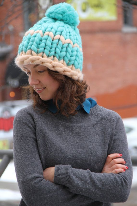 ˜˜READY TO SHIP˜˜  A bright and stylish super chunky hat to keep you warm this winter. This mint-green hat is made of 100% Australian Merino Wool. All hats are made by me with my utmost care and love in smoke- and pet free environment. This hat comes either WITH or WITHOUT a pom pom. Please choose a variation you like. ********************** CHARACTERISTICS: ********************** Color: mint green, with an original design and pattern. Yarn: 100% Australian Merino Wool, 22 micron Size: 53cm…