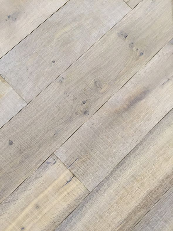 "Montpellier Oiled French Oak in a 9"" wide plank 