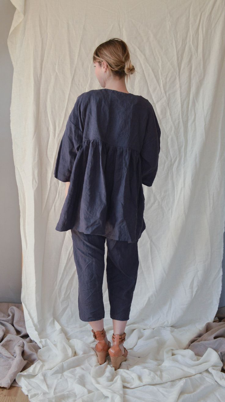 Linen Ruffle Tunic from Ilkapilka@Etsy