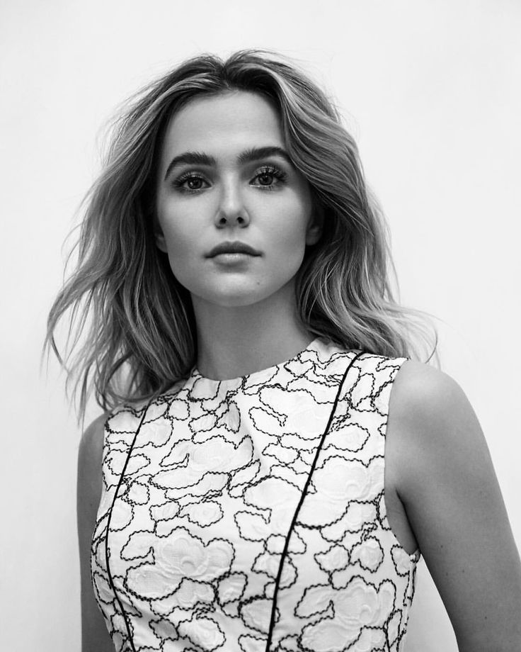 "26.1k Likes, 87 Comments - Zoey Deutch (@zoeydeutch) on Instagram: ""@tidalmag out soon! many thanks to @hannahkhymych @lianaweston @ninasterghiou @rebekahforecast…"""