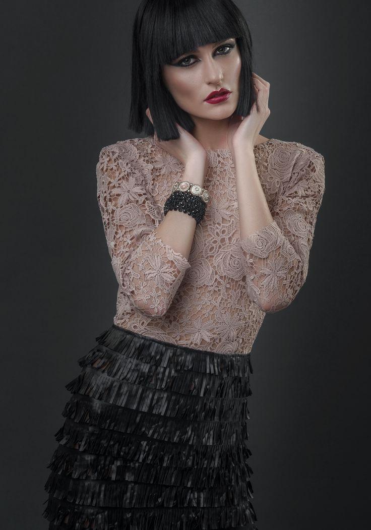 Incepe noul an purtand o rochie cu adevarat speciala: Love her story dress by Love Love.