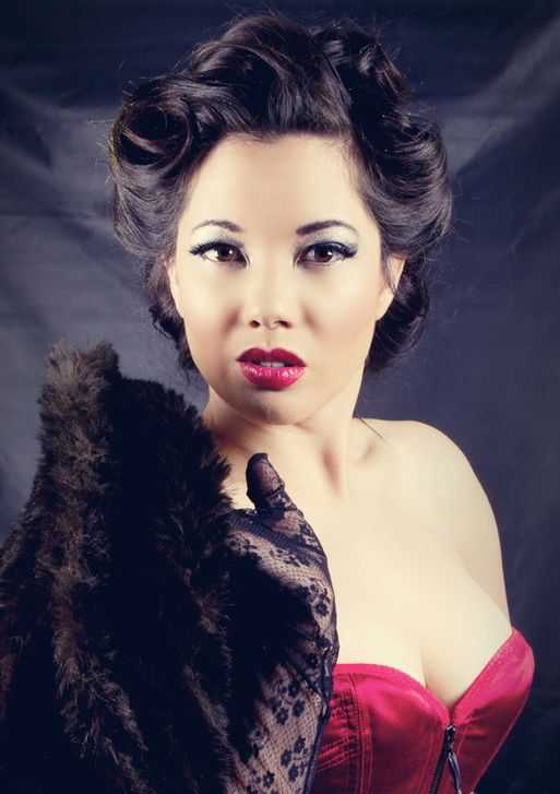 Miss Oh! wearing an Arwen garmentry corset. Photo by DarkLight Photography. Burlesque South Africa