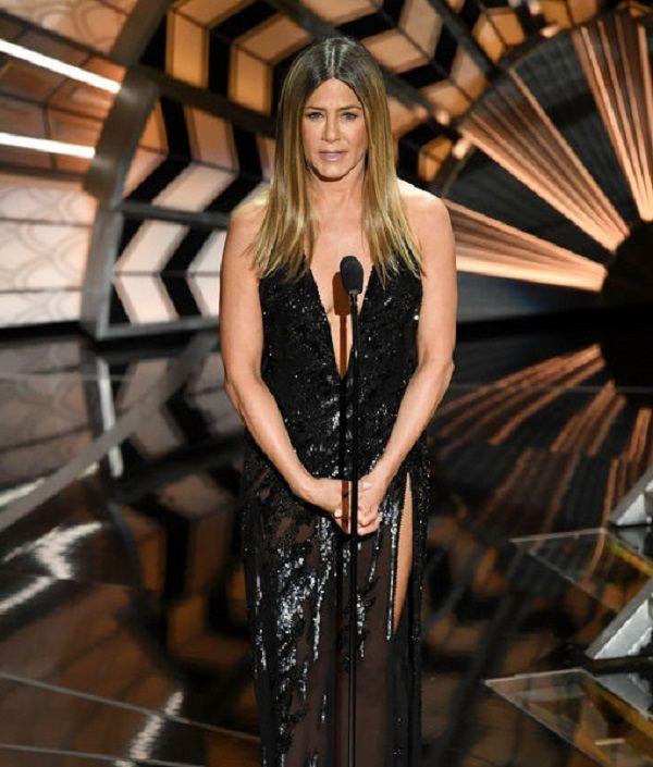 Paris Hilton's mother claims Jennifer Aniston is pregnant #JenniferAniston #Hollywood http://www.glamoursaga.com/jennifer-aniston-is-pregnant/