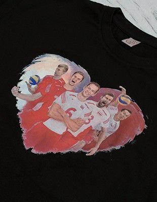 Kup mój przedmiot na #vintedpl http://www.vinted.pl/damska-odziez/t-shirty/18174145-czarna-koszulka-unisex-sercem-z-siatkarzami-siatkarze