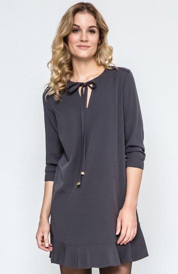 Ennywear 240132 sukienka Modna sukienka w kolorze grafitowym, prosty krój, dół wykończony falbanką