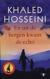 En uit de bergen kwam de echo Abdullah, de broer van de driejarige Pira, is een vader figuur voor haar. Abdullah geeft veel om zijn kleine zusje. Maar Pari wordt noodgedwongen verkocht aan een rijk echtpaar zonder kinderen. Hierdoor gebeuren er gebeurtenissen die een ontroerend en onthutsend beeld geven van de problemen waarmee mensen geconfronteerd worden. http://www.bruna.nl/boeken/en-uit-de-bergen-kwam-de-echo-9789023476603