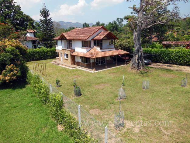 avisos clasificados gratis de inmuebles en colombia casa campestre de dos pisos con area total de 210 m2 lote d