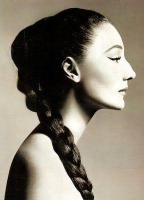 Richard Avedon's iconic cameo-like profile portrait of Jacqueline de Ribes