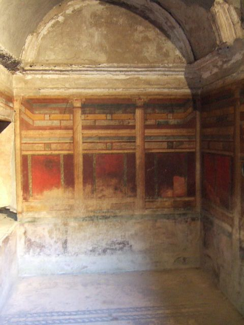 Villa of Mysteries, Pompeii. May 2006. Room 8, north wall.