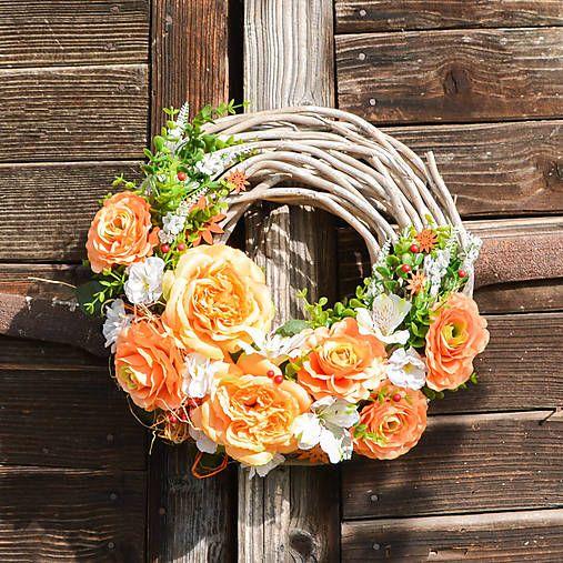 Hydrangea / Celoročný veniec s ružami