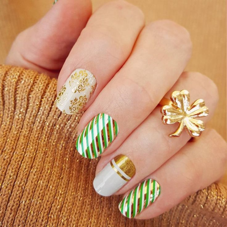 8 St. Patrick's Day nail art and manicure ideas that will give you all the luck you need.