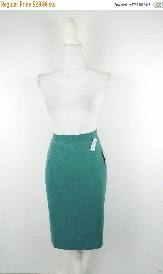 16bf69e18 30% OFF HOLIDAY SALE Vintage 60s Pea Green Minimal High Waist Wool Lined  Pencil Knee Length Straight Skirt Classic Bottom Sz 8 Medium Petite by ...