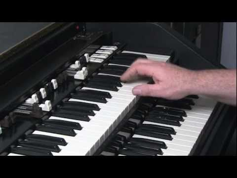 LESSON 10 - HOW TO PLAY JAZZ & ROCK LICKS ON A HAMMOND B3 or C3 ORGAN - YouTube