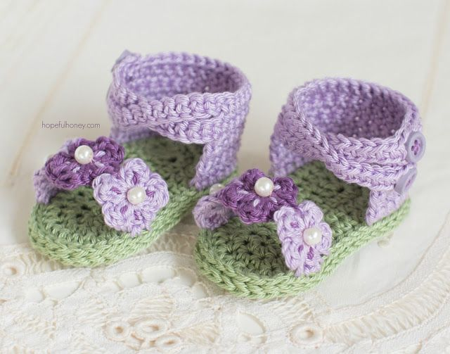 Hopeful Honey | Craft, Crochet, Create: English Violet Baby Sandals - Giveaway…