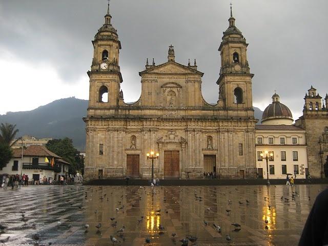 Plaza donde se centra el poder de Bogota