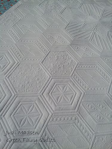 Judi of Green Fairy Quilts quilted this beauty!