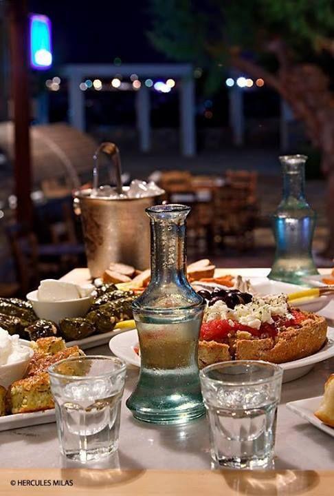 Cretan traditional Food & Raki (Tsikoudia) #Cretan #Cuisine #Alogdianakis #Farm