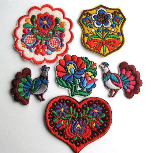 踊る刺繍のワッペンセットA