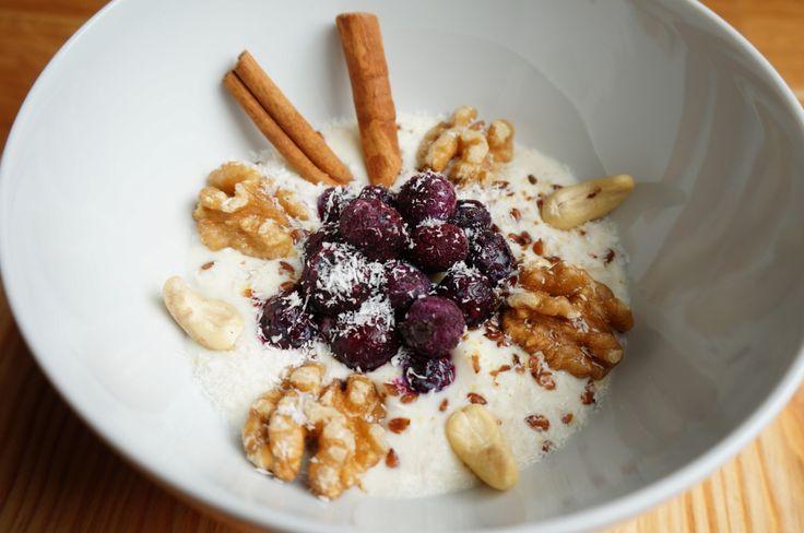 Soja yoghurt met fruit | http://www.foodcetera.nl/soja-yoghurt-met-fruit/