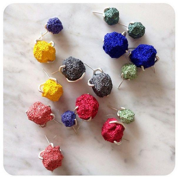 Burcu Sulek bahara hazir ❤ #lunaparkshop #lunaparktasarim #turkishverymuch #galata #galatatower #serdariekrem #conceptstore #giftstore #designer #istanbul #shop #shopping #traditional #gift #handmade #bloggers #fashionbloggers #jewellery #burcusulek #emptiness#earrings #colour#spring#womenaccessory#sponge