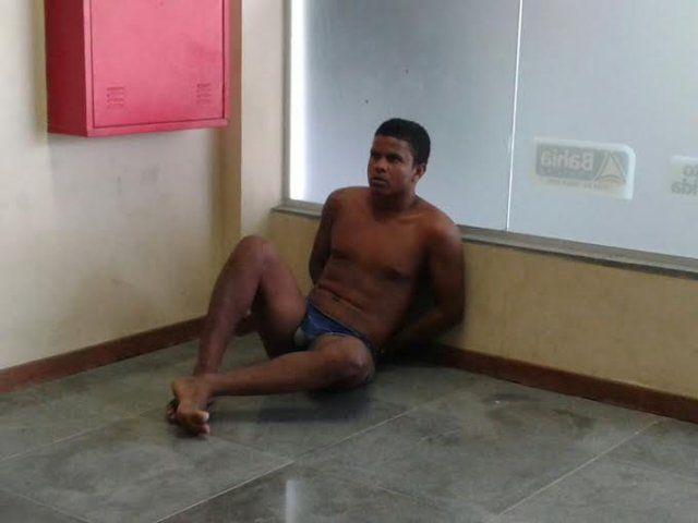 Quatro suspeitos de assaltos morrem após confronto com PMs de Feira de Santana - Acorda Cidade | Dilton Coutinho