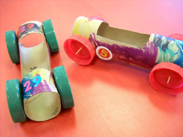 Getting Messy With Ms. Jessi: Trashy Tuesday: Paper Tubes