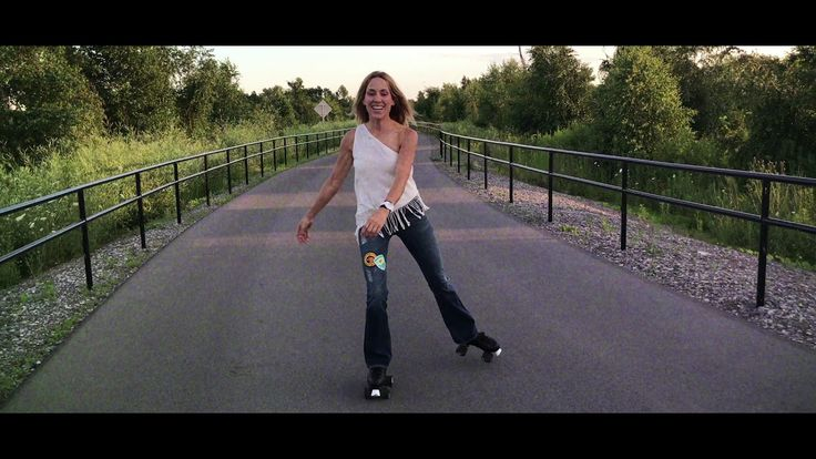 Sheryl Crow - Roller Skate (Official Music Video) - YouTube