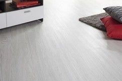 """BLANC - Dalle adhésive en PVC à coller """"chêne blanchi""""."""
