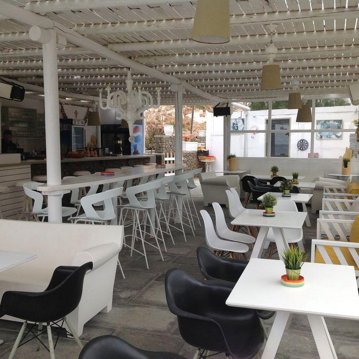 My favorite hangout on Sifnos, Cafe Folie Sifnos