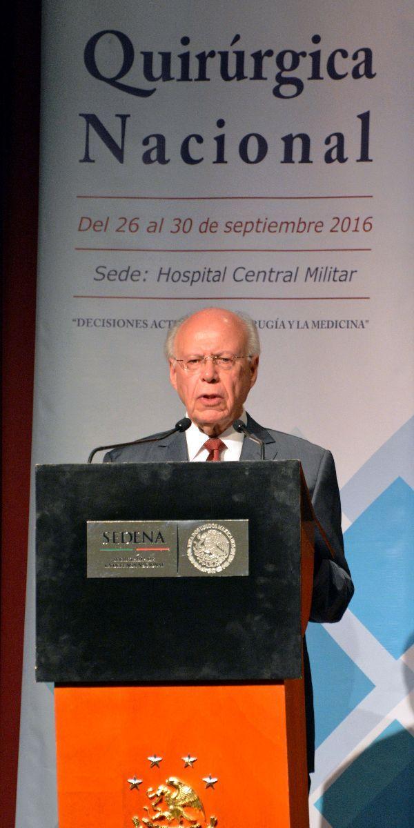 Reconocimiento a fuerzas armadas por servicios de salud que brindan a población civil - http://plenilunia.com/novedades-medicas/reconocimiento-a-fuerzas-armadas-por-servicios-de-salud-que-brindan-a-poblacion-civil/42050/