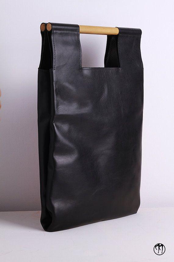 LESS is BAG Black Borsa realizzata a mano in di DressageBags