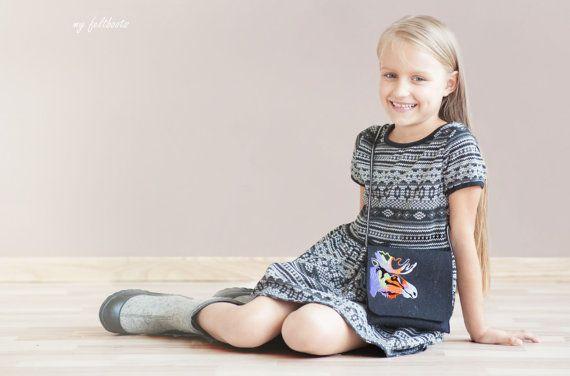 black felt bag for kids embroidered MOOSE handbag by myfeltboots, €30.00