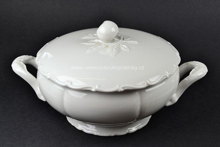 Porcelánová mísa s víkem. Haas&Czjek  #vetešnictví #bazar #porcelán #porcelain #junkshop #vetesnictviukopretinky
