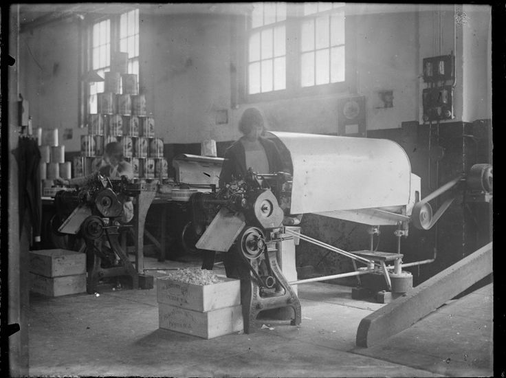 048854PD: The caramel wrapping machine at Plaistowe's confectionary factory, West Perth, 1929.  http://encore.slwa.wa.gov.au/iii/encore/record/C__Rb2515641__S048855pd__Orightresult__U__X3?lang=eng&suite=def