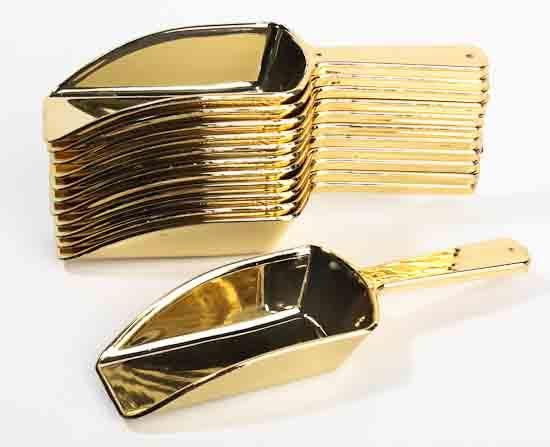 These gold scoops are a great and fun way to play with your candy. Use for a candy bar at your weddings, shower, birthday, or any party. These plastic gold cand
