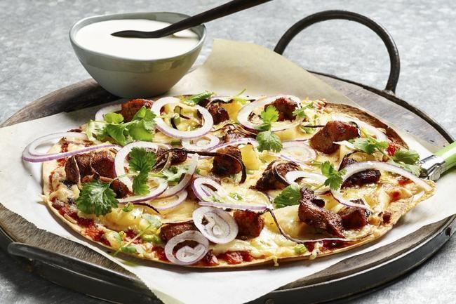 Fajita-pizza med krydret kylling