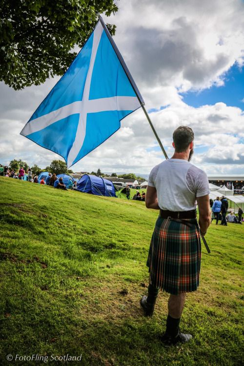 FotoFling Scotland • First shots of Cowal Highland Games - click for...