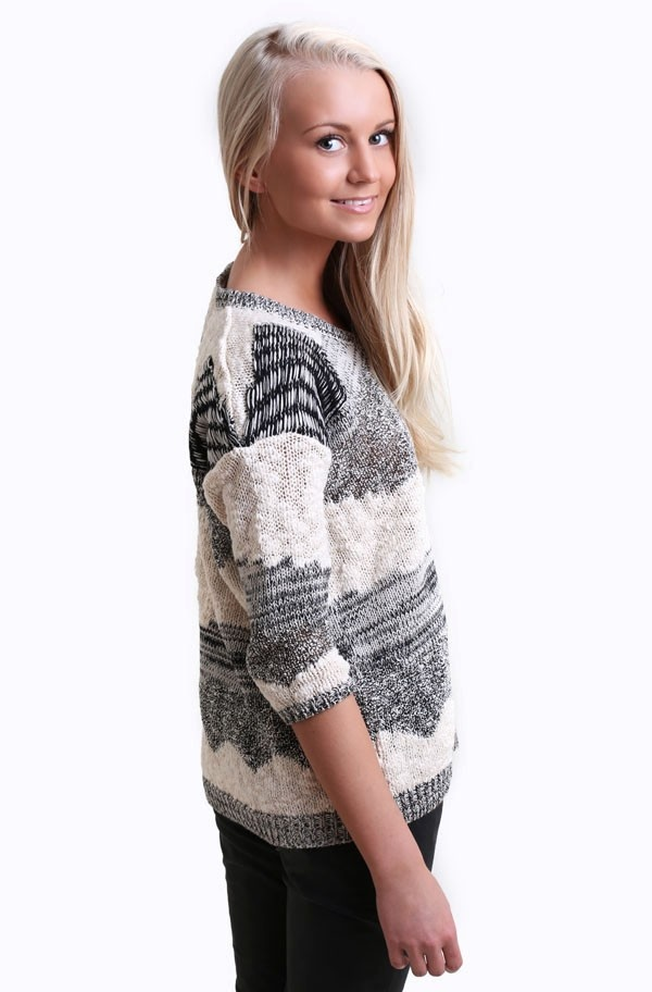 Second Female - Ea Knit