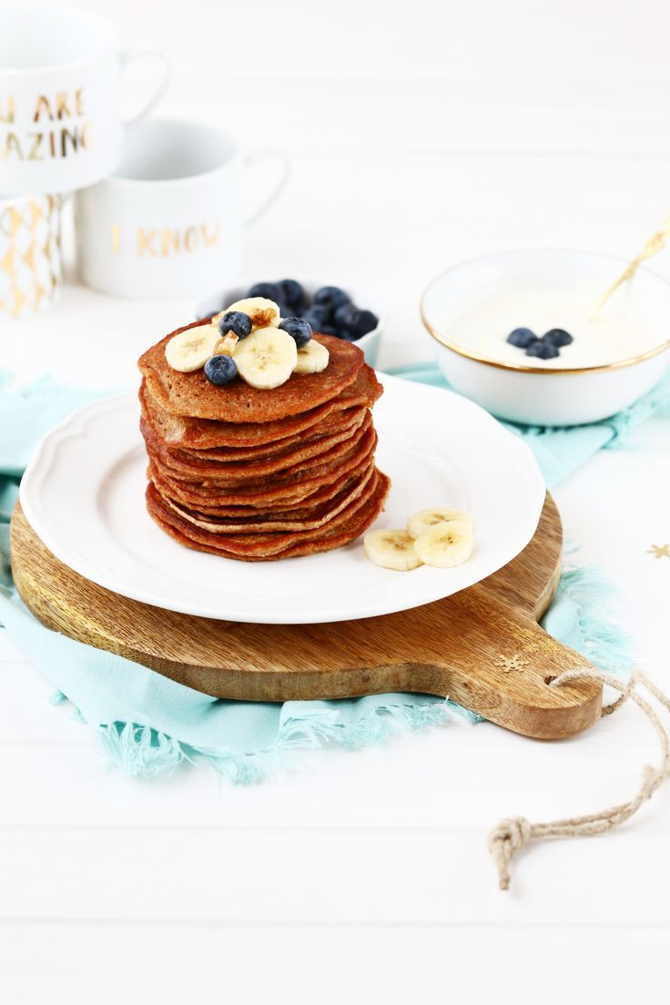 Bananen-Pancakes mit Joghurt-Dip www.whatmakesmehappy.de