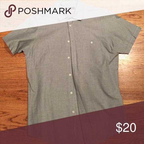 Short sleeve Ben Sherman button down. Ben Sherman's short-sleeve button down. Excellent condition and slim fit. Ben Sherman Shirts Casual Button Down Shirts
