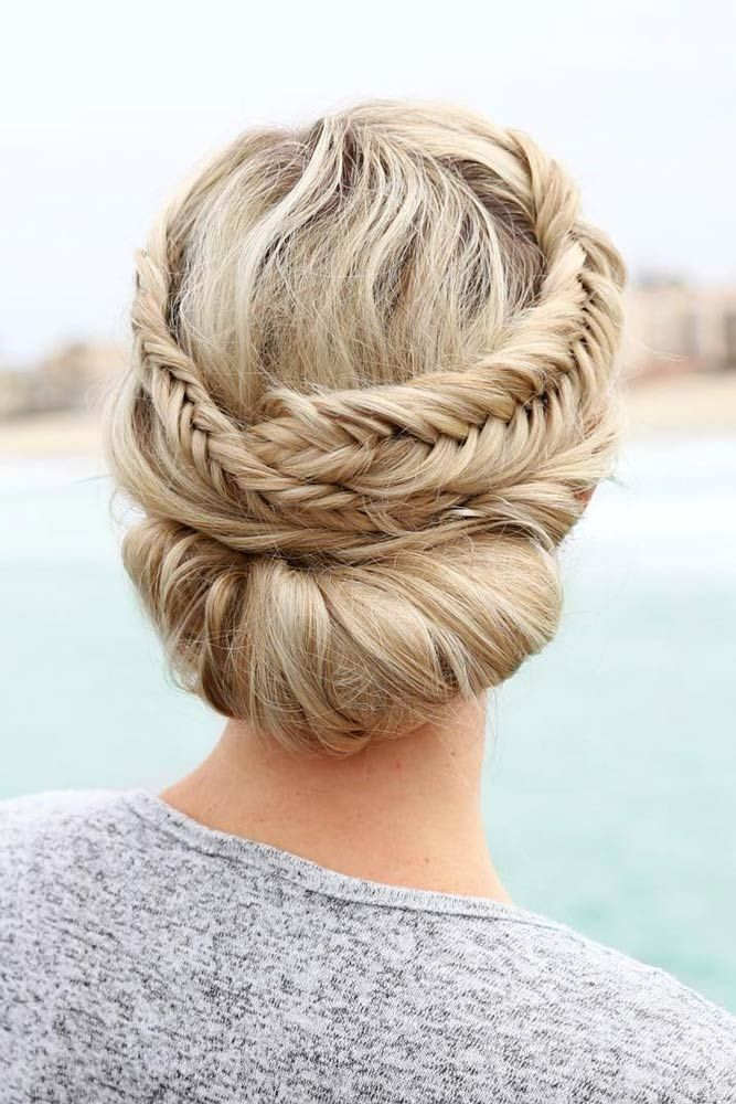21 Cutest and Most Beautiful Homecoming Hairstyles