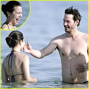 Keanu Reeves Chows Down China