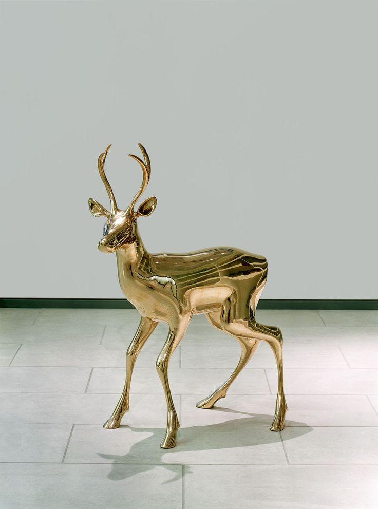 Ilmestys, 2000 by Pekka Jylhä. Bronze, 100x30x90 cm, 15300€. Inquiries: sari.seitovirta@seitsemanvirtaa.com / GALERIE SEITSEMÄN VIRTAA.