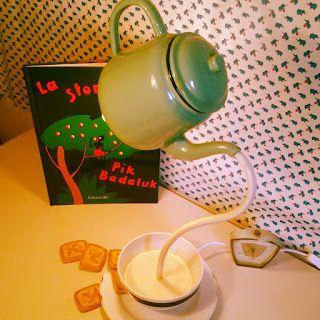 Cookies and milk lamp