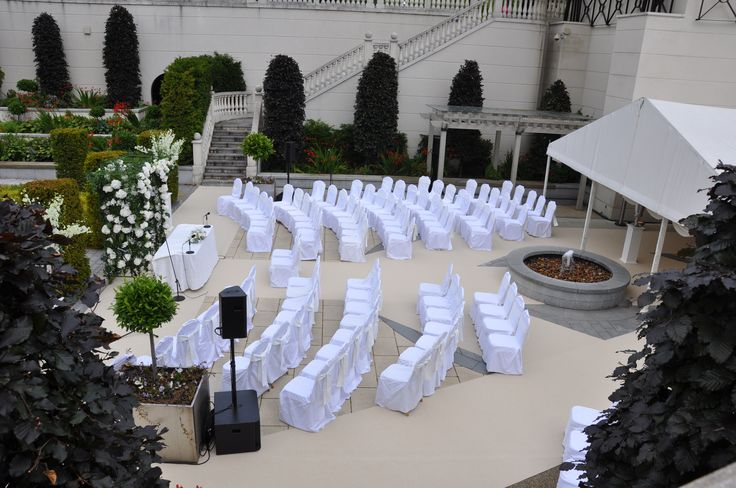 Outdoor Civil Ceremony in The Secret Garden at Powerscourt Hotel. Visit www.gotchacovered.ie for more.