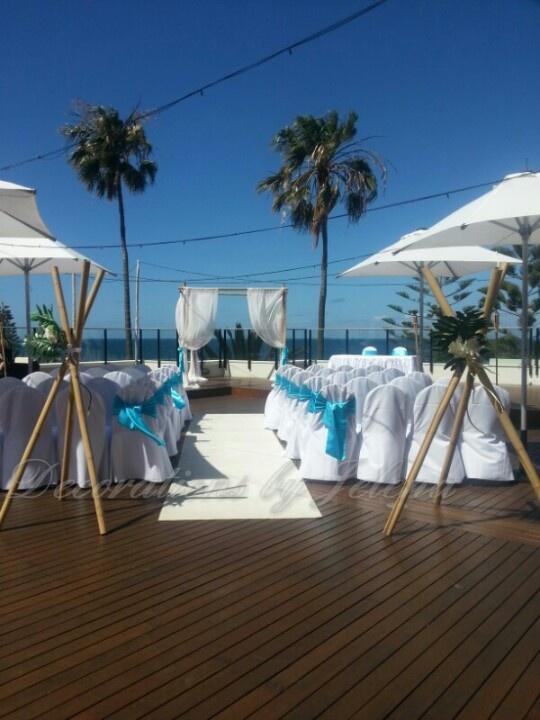 Stunning beach side wedding ceremony