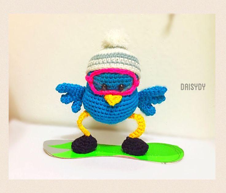#SnowBirder #birdamigurumi #birdcrochet  Designed by Daisydy