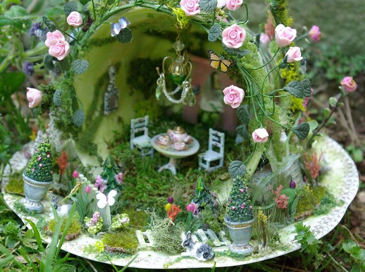 tea cup fairy garden by Kammys Creations Gardens and