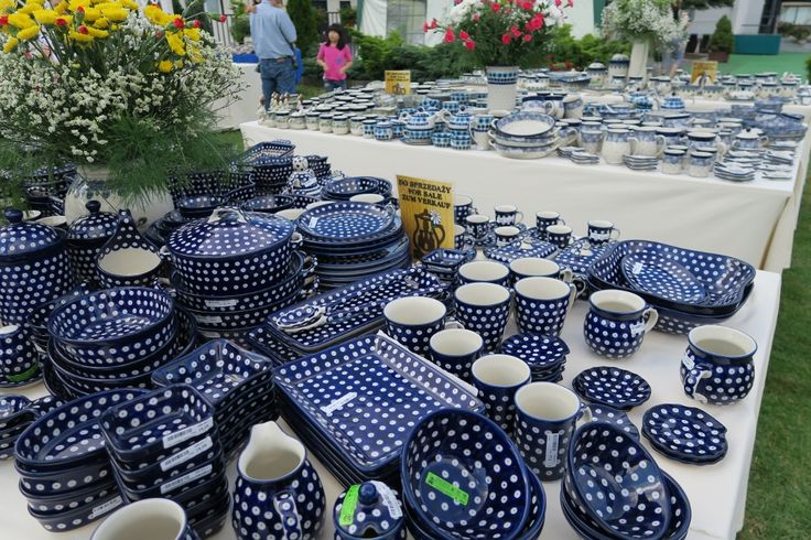 Ogród ceramiczny - Ceramika Artystyczna w Bolesławcu